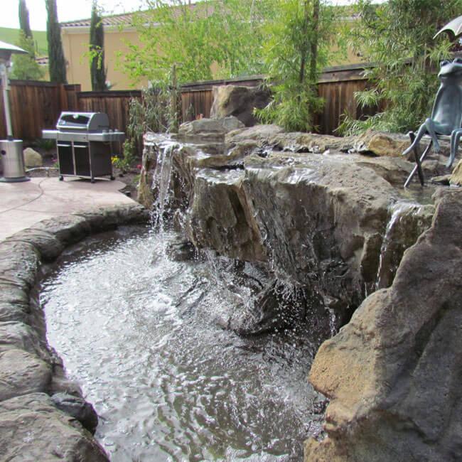 backyard-pond-water-fall
