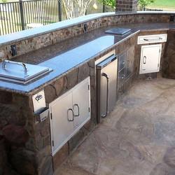 outdoor-stone-patio-kitchen