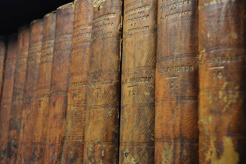 books-646640_1280.jpg