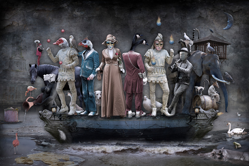 THE BOAT OF MAGICIANS ©2015