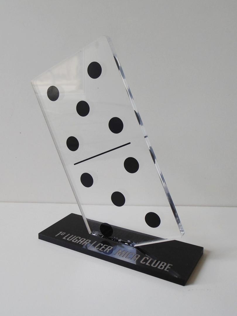 trofeu-domino-acrilico-trofeu.jpg