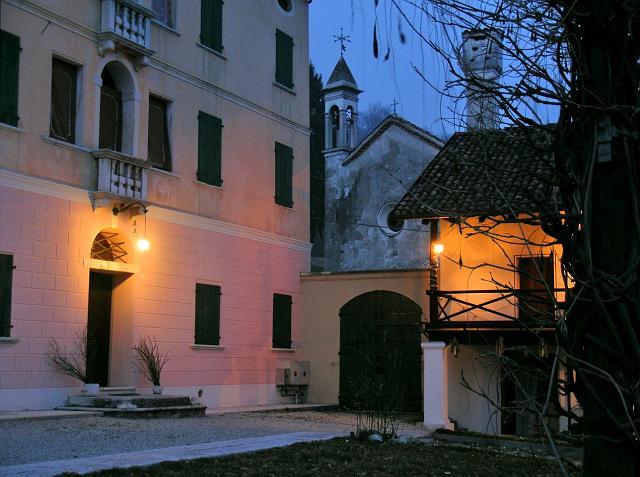 villa 13.jpg