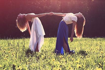 girls-839809_640.jpg