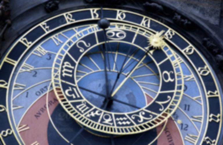 stock-photo-travel-time-landmark-europe-astronomy-destination-astrology-prague-czech-republic-3cd2be