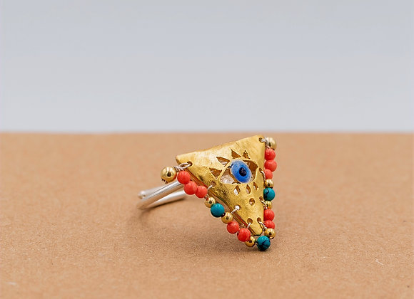"Green and Coral ""Fylachto"" Talisman Ring in gold-plated silver"