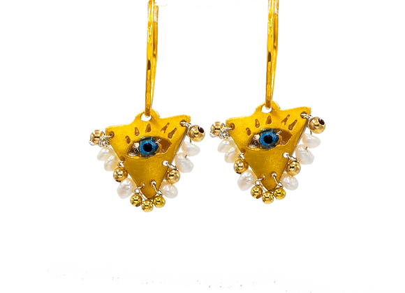 "Pearl White ""Fylachto"" Talisman Earrings in gold-plated silver"