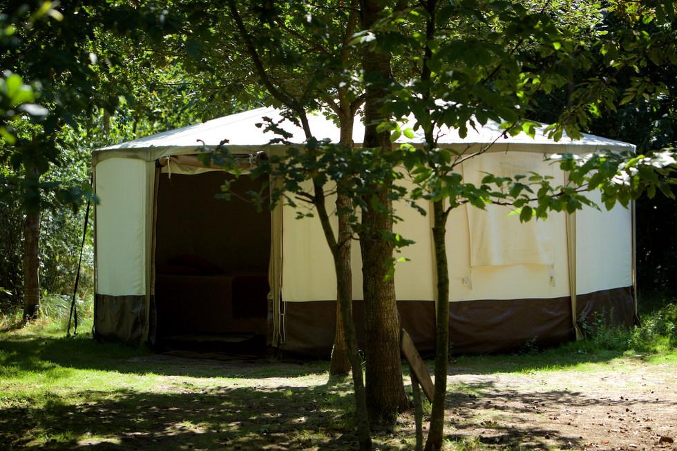 2nd yurt exterior woodland escape CGH PP