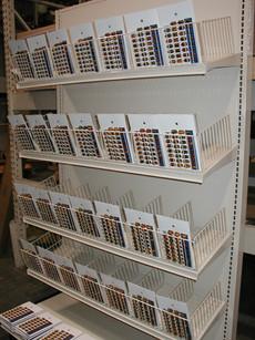 Blister Pack Wire Fencing & Tilted Shelves