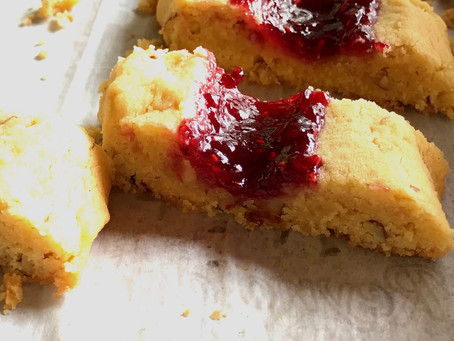 Finnish Butter and Almond Cookies with Jam