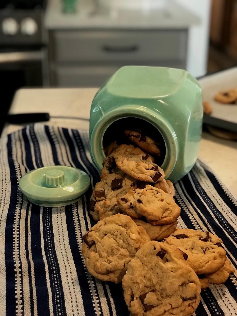 Chocolate chunk peanut butter cookies