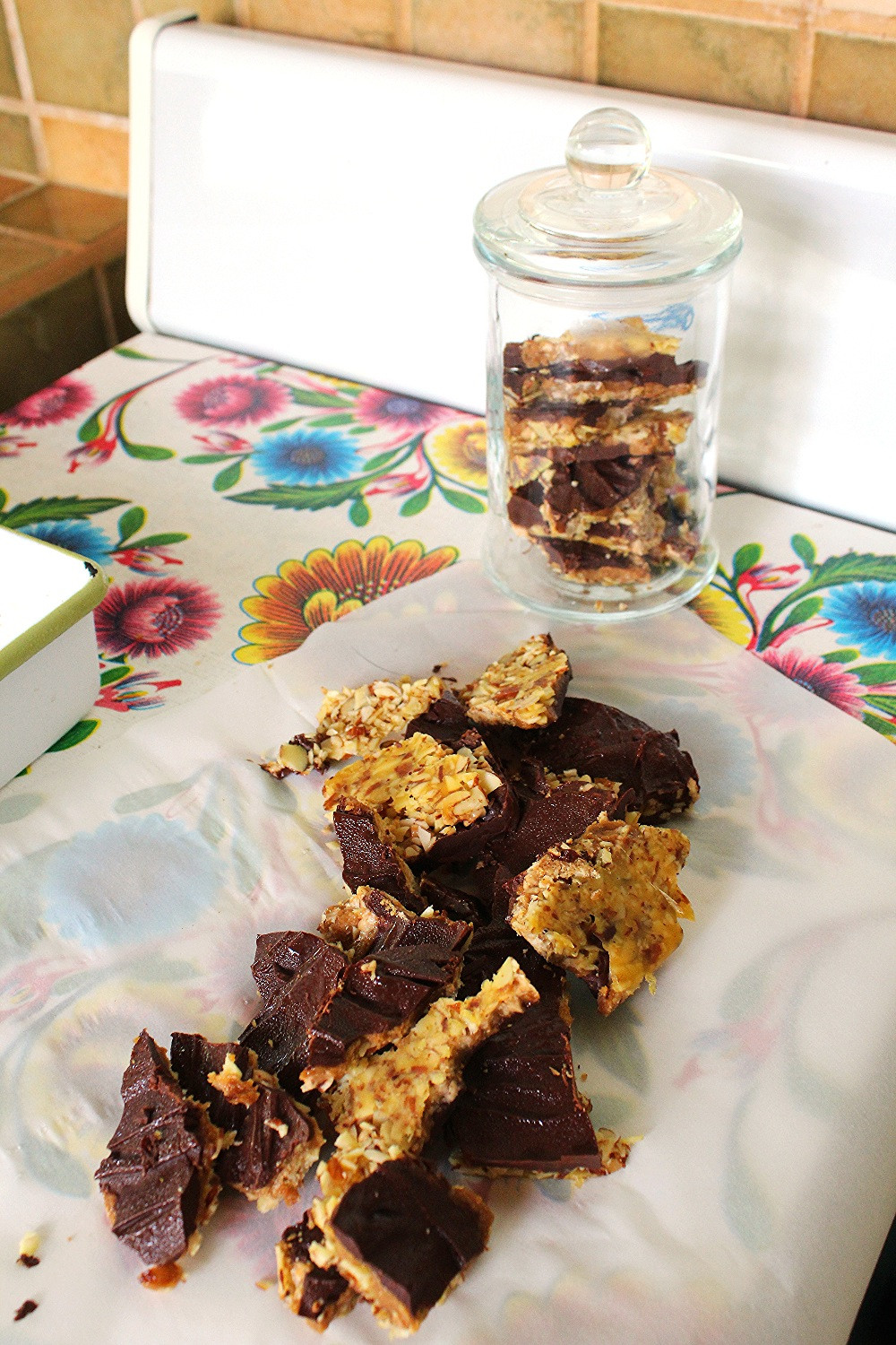 Toffee,Almond Candy