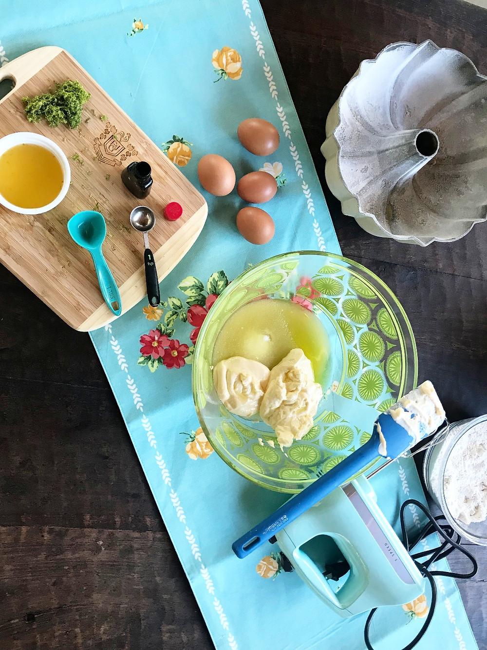Lemon Sour-cream Cake