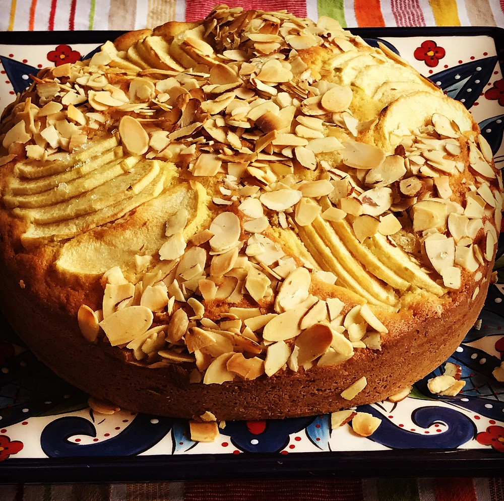 Apples and Almond Sour Cream Cake