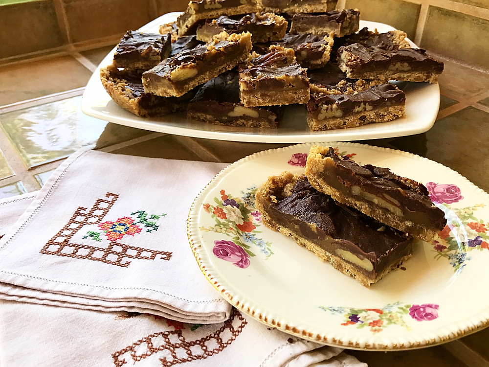 Bars, chocolate,pecans,carmel and brown sugar shortbread