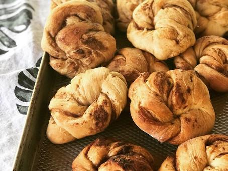 Cinnamon Brown Sugar Knots