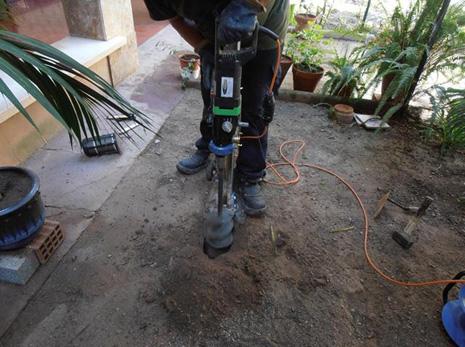 Colocación cebos para termitas