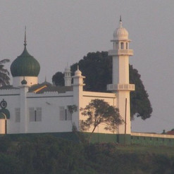 mosque-on-a-hill-in-kampala.jpg