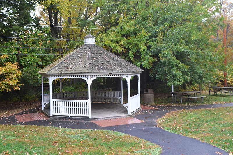 Chestnut Hill Park, Stamford_CT_Pavillon
