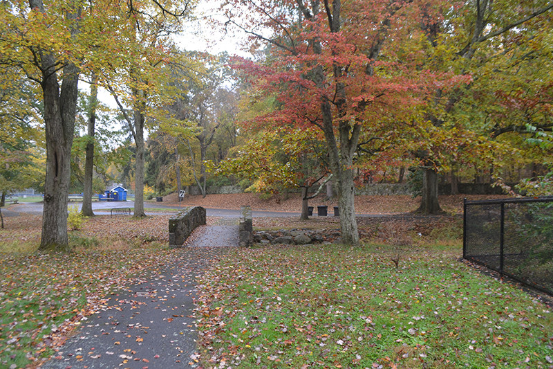 Chestnut Hill Park, Stamford_CT_ View of bridge over stream to parking lot