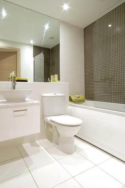 Tameway-Plaza-walsall-Bathroom.jpg