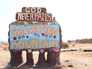 The Traveling Native // Salvation Mountain, Salton Sea & The Slot