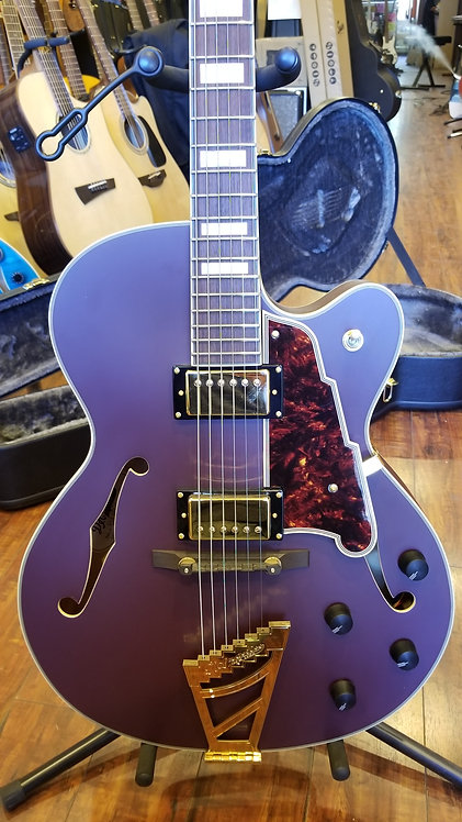 D'Angelico Deluxe Series Limited Edition DC Semi-Hollowbody  - Matt Plum