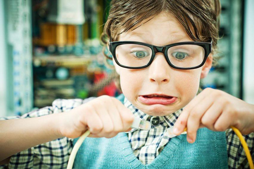 очки ребенку, дети очки, очки детям. С  какого возраста
