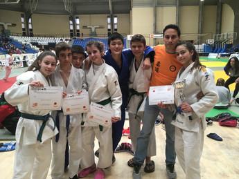 Las Hermanas Ramírez Triunfan.Un Oro, Una Plata y Cuatro Diplomas en la Supercopa de Alicante Infant