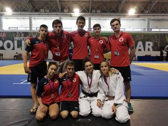 Internacional de Tomar (Portugal) Un Oro , Dos Platas y un bronce para el Club