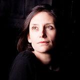 Portrait Sandra Matamoros fond noir.jpg