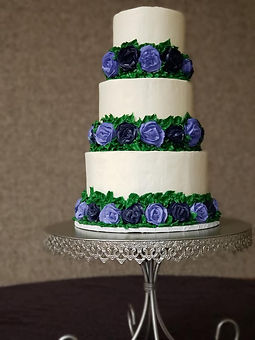 Wedding Cake with buttercream floral.jpg