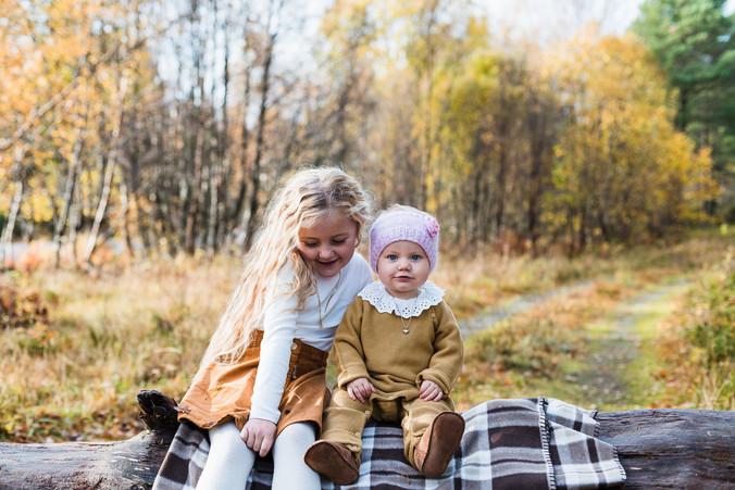 Sandra_Hurlen_ettårsfotografering_Søsken