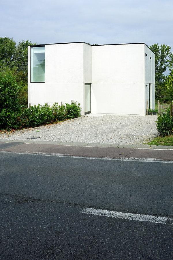 architect Milos Van den Berge modern2.jp