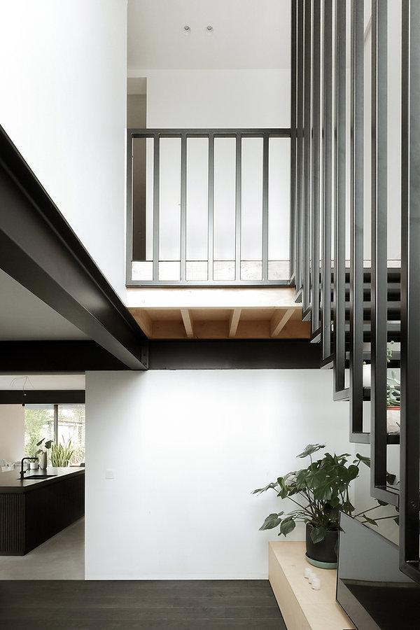 MVDB architectuur Milos Van den Berge Kalken berk beton staal