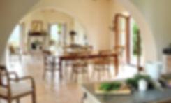 Italian-Villa-rustic-dining-room_edited.