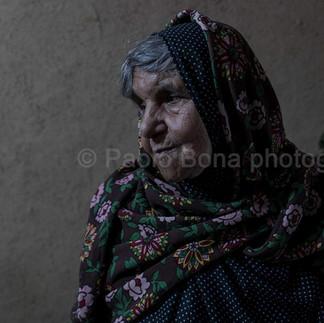 Zoroastrian lady