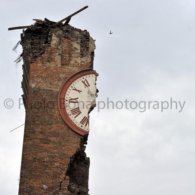 The broken tower bell