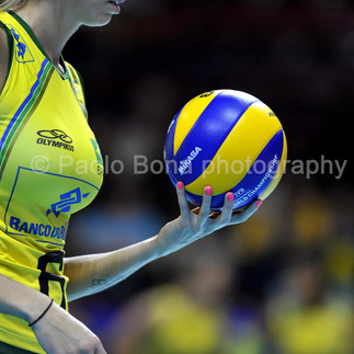 Volley female