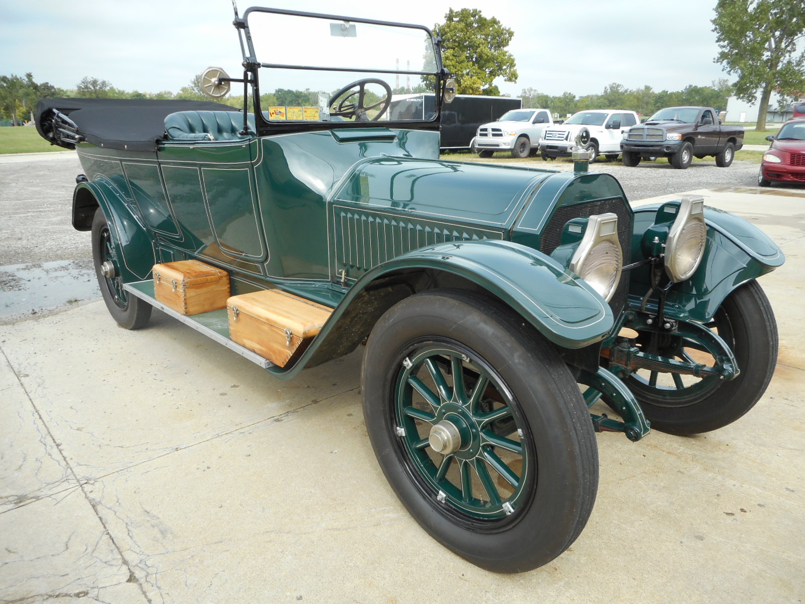 1914 Locomobile