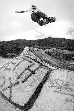 Ryan Carpenter_Japan Air BW.2_Pink Taco_