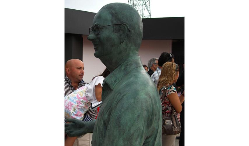 2013 -    Busto Dr. Coelho Mariano- Fátima.