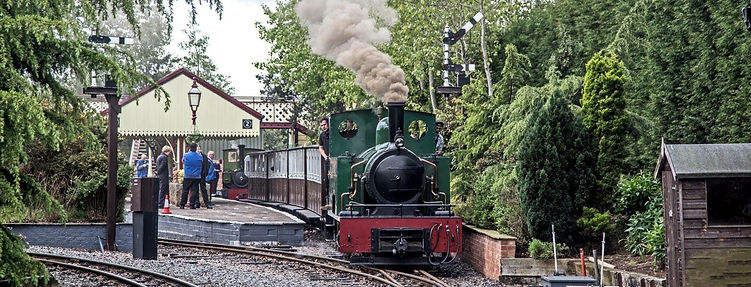 Vintage Steam Engine at Statfold Barn Railway platform