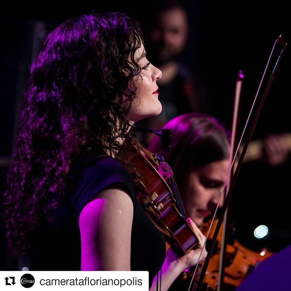 Violinista Débora Flemming Bohn