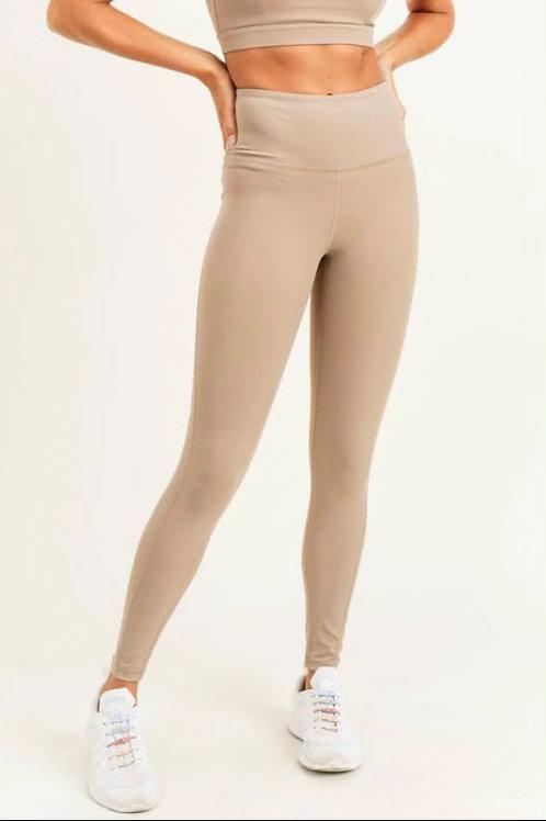 Tan Essential Lycra Blend Highwaist Leggings