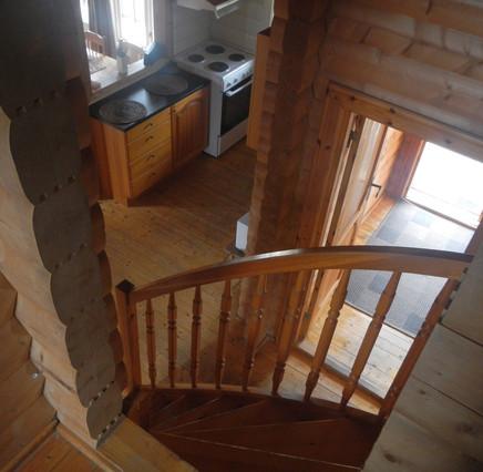 Trapp opp til 2.etasje