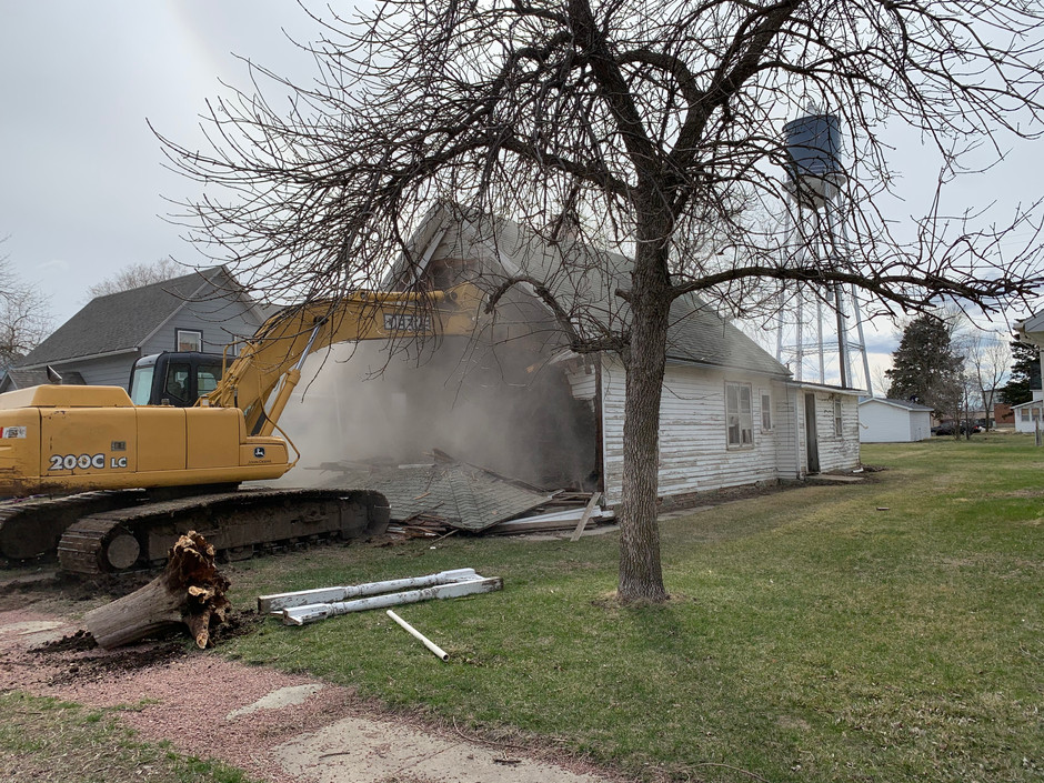 City of Bonesteel Tears Down Acquired Property, Jump Starts Effort to Attract New Residents