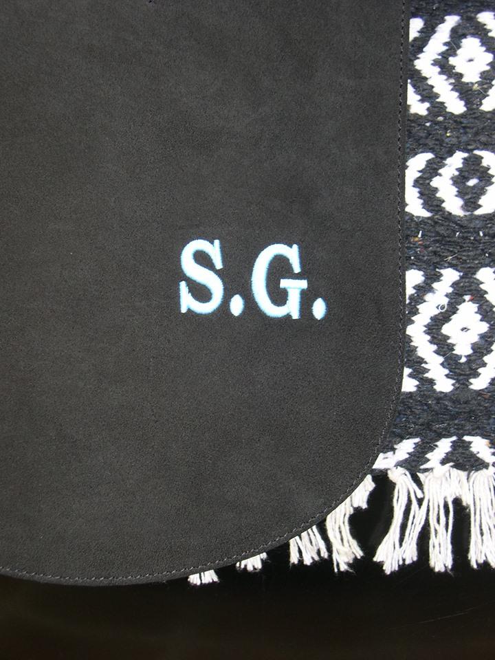 descarne negro iniciales SG2.jpg