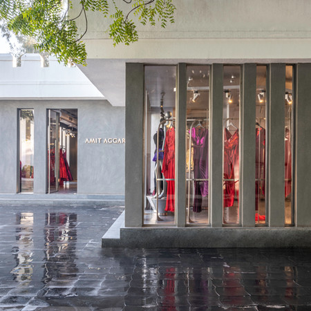 Amit Aggarwal Retail Store