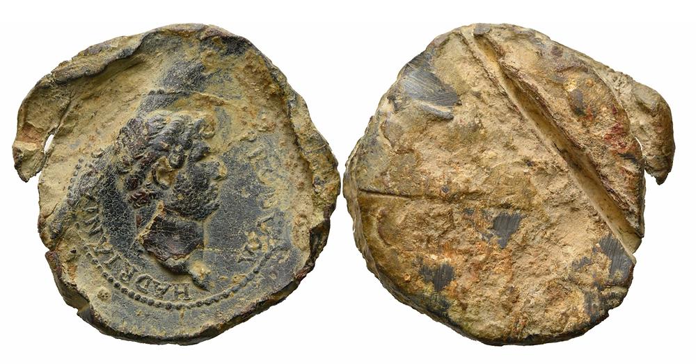 Römische Bleisiegel. Hadrian.