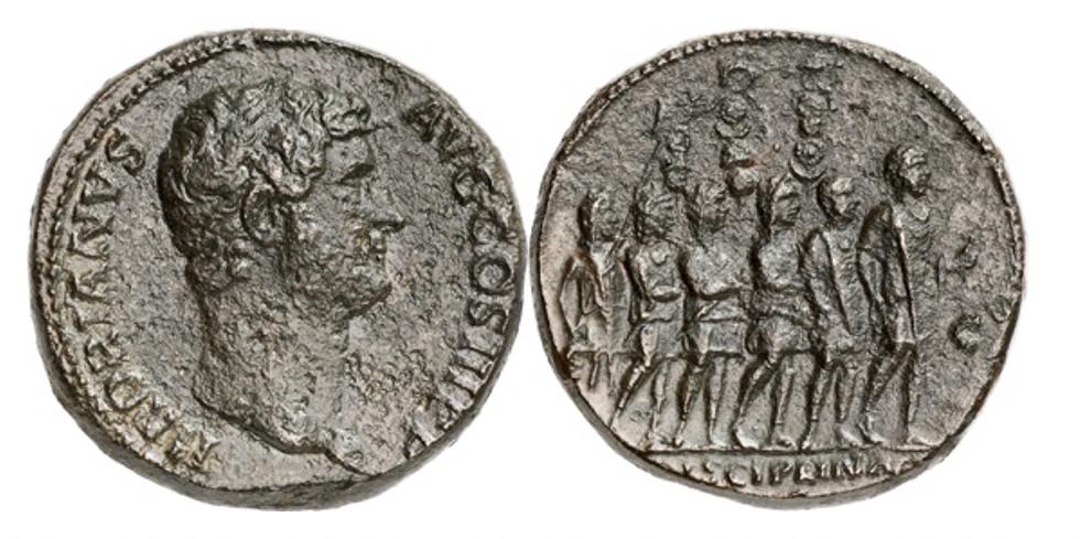 Römische Kaiserzeit. Hadrian, 117-138. Sesterz, 134-138. Rv. Caracalla exerziert mit einem Offizier und vier Soldaten. RIC2 1912 (dieses Exemplar abgebildet). Sehr selten. Auktion de Falco 66 (1964), Nr. 337. Korrodiert. Sehr schön.